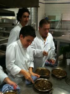Yolanda, Bruno y Jose en clase