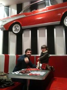Alex y Simón en el Big J's