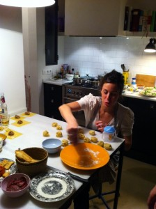 Haciendo los tortellini