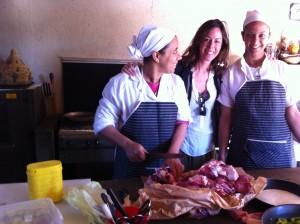 Con chef Rashida y Samira en la cocina de La Pause