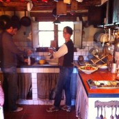 Alex y Pepo en la cocina