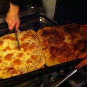 Las pizzas recién hechas