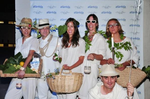 Lydia, Gilbert, Lisi, Elena, Raúl y Mireia en Diner en Blanc Barcelona