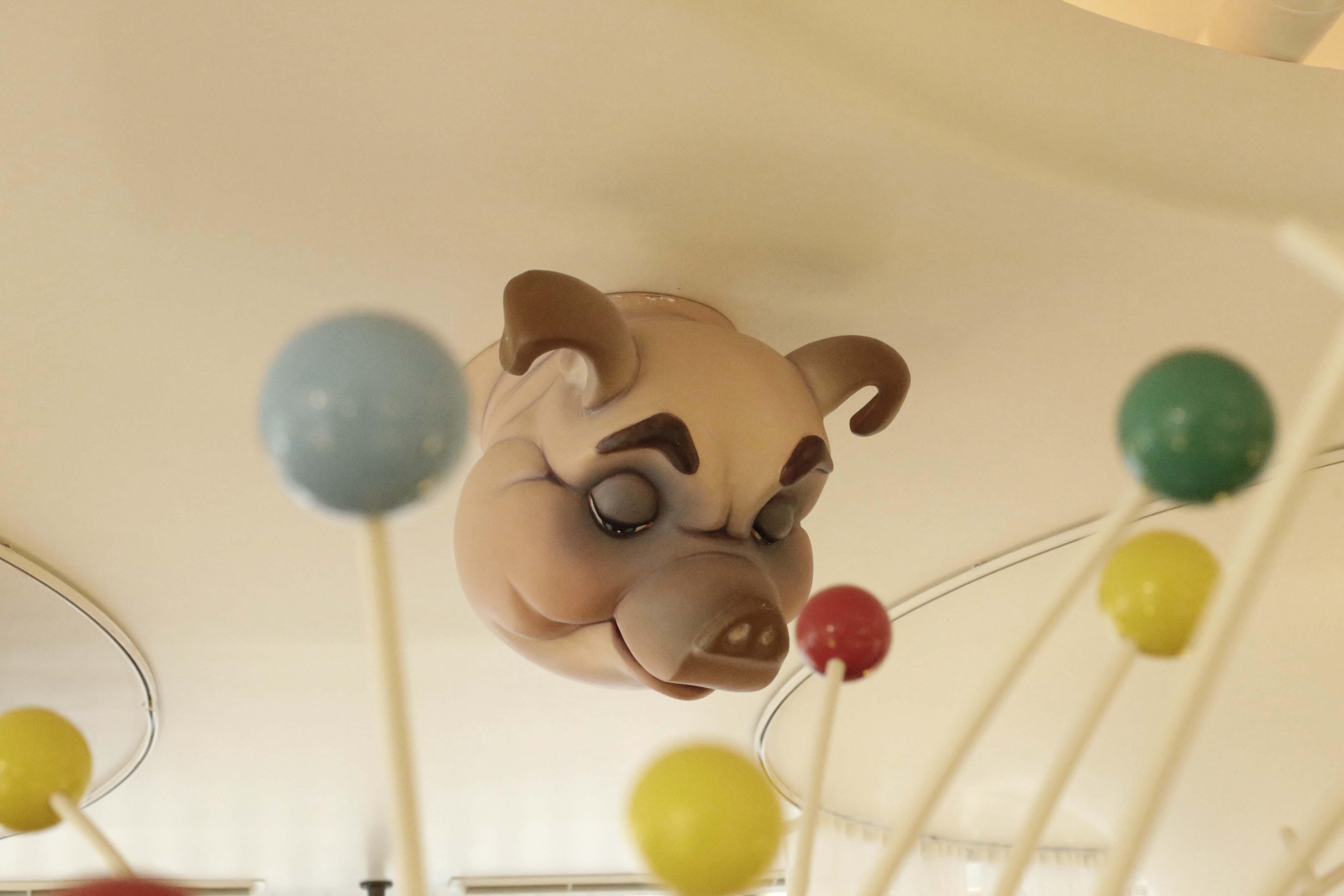 El mítico cerdo del techo del Diverxo