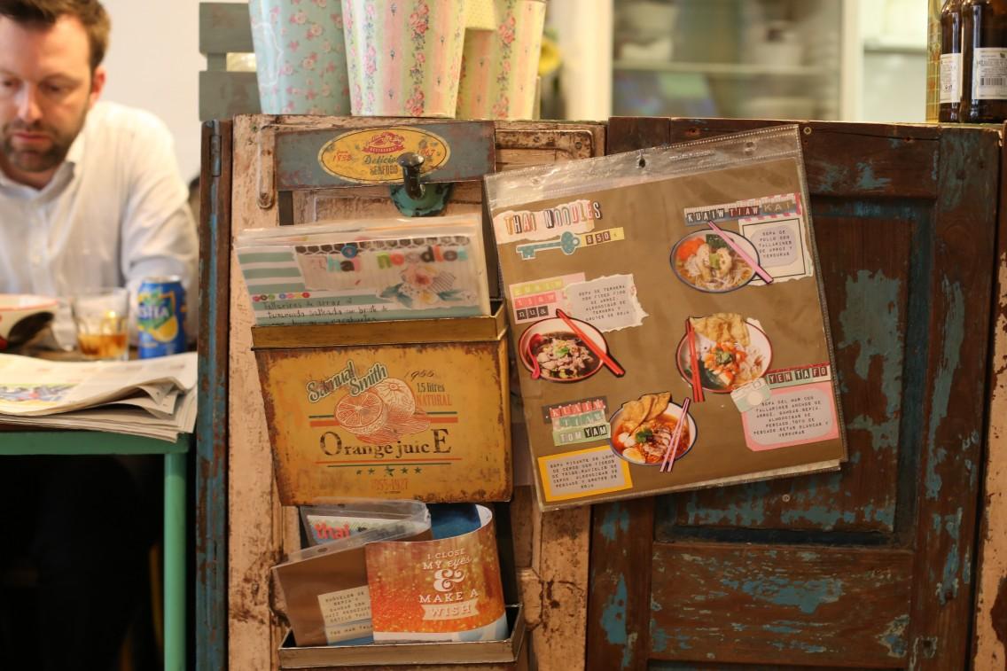 Detalles del interior del Thai Noodles