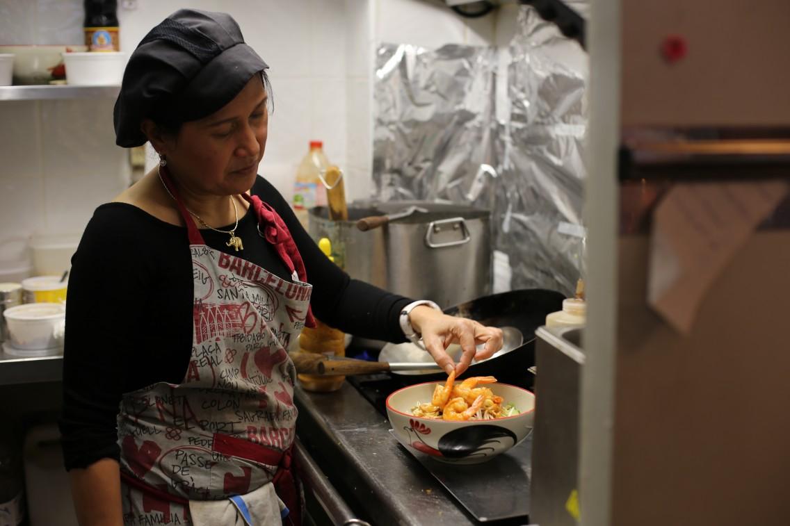 Fai en la cocina del Thai Noodles