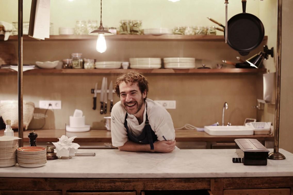 El chef Alan Stewart en La Esquina