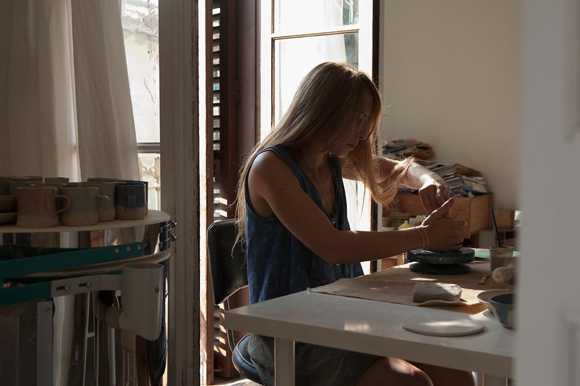 Lola Giardino en su taller