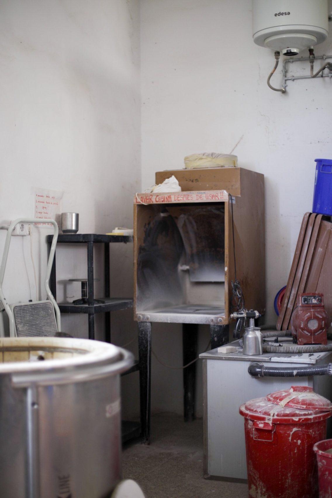 La zona del esmaltado en el taller El Torn
