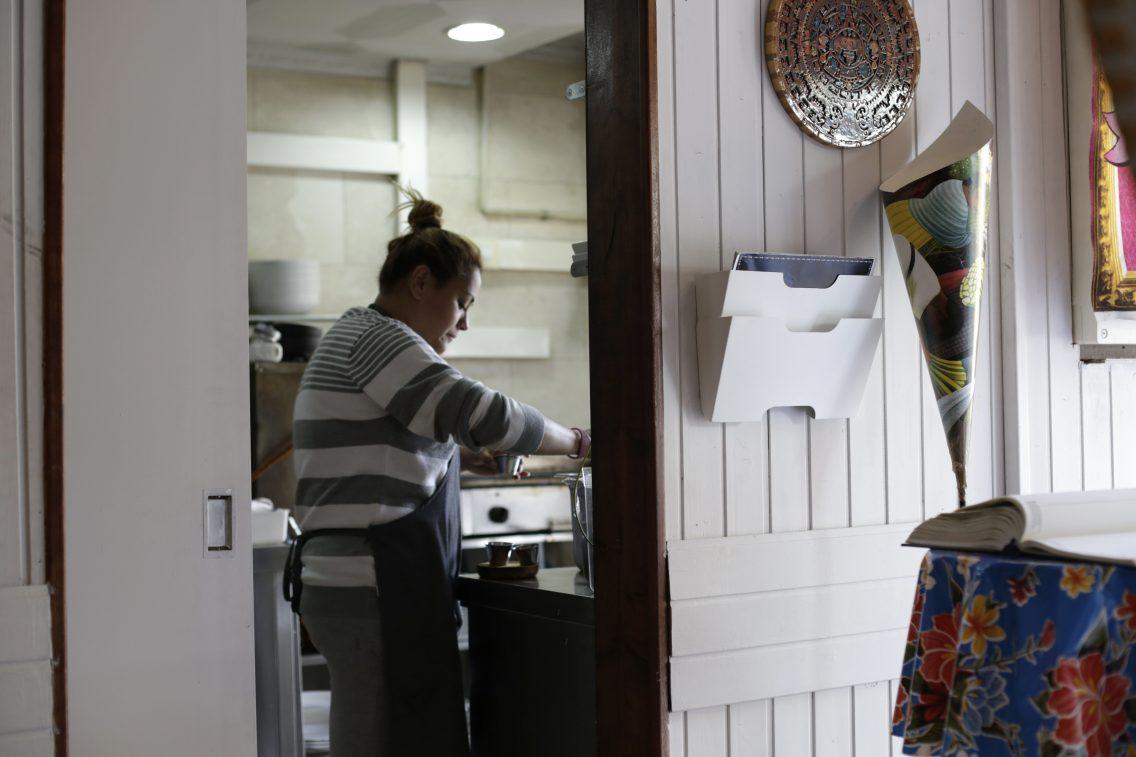 Luciana en la cocina